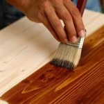 Лакирование и вощение древесины